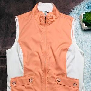 IZOD Golf Collection Zipper Women's Vest Size L.